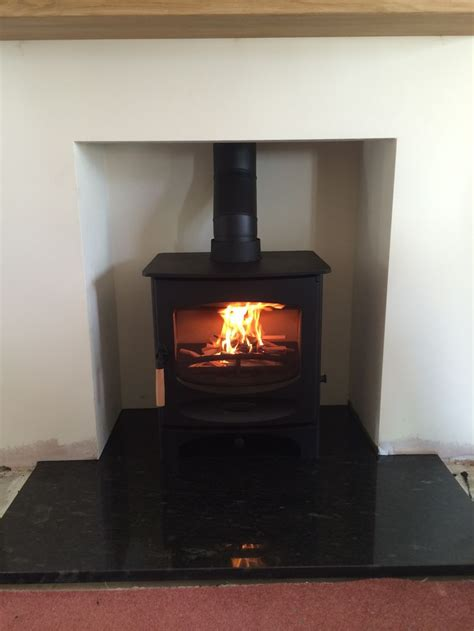 Charnwood C5 Multifuel stove Black Granite hearth