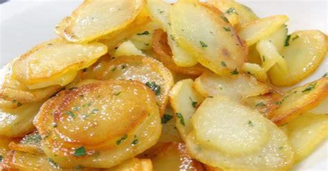 comment cuisiner la pomme de terre recette pommes de terre sautées en vidéo