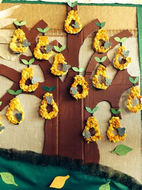birnenbaum basteln im herbst basteln herbst fensterdeko herbst und herbst basteleien