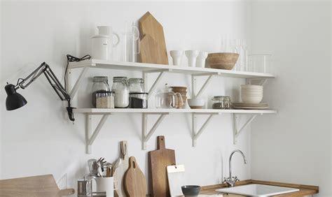 mensole cucina ikea 4 idee per trasformare i mobili ikea pi 249 classici casafacile