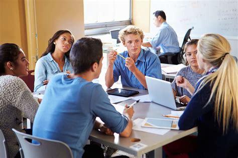 Benefits of Group Work - TeachHUB