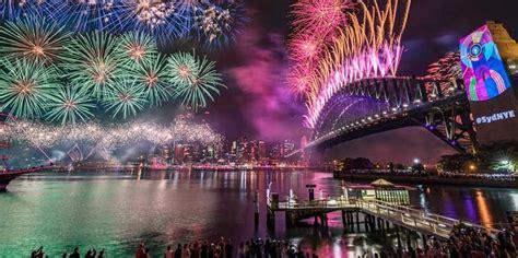 spots    nye fireworks  sydney harbour