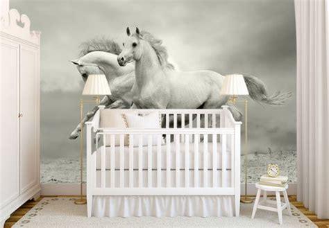 ideen schlafzimmer pferde fototapete pferde im galopp k l wall wall de