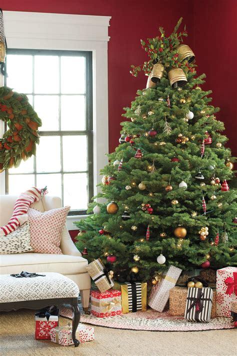 traditional christmas tree southern living