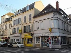 Location Appartement Melun : location appartement melun 77000 foncia ~ Dode.kayakingforconservation.com Idées de Décoration