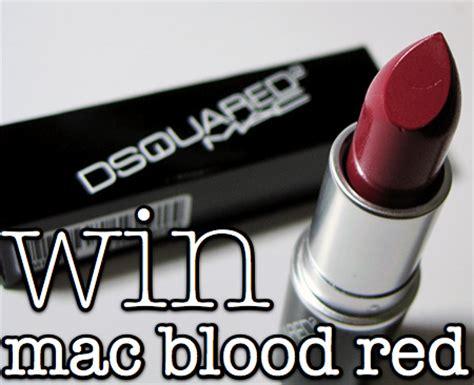 ways  win mac dsquared blood red lipstick makeup