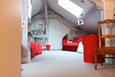 chambre sous pente chambre d ado sous pente c0505 mires