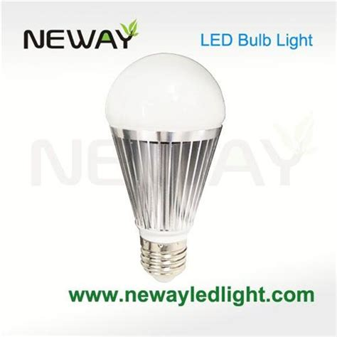 a60 brightest led light bulb 7w 650 lumen bright white led