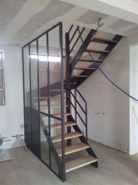 cuisine exterieure bois amenagement d 39 un appartement escalier verriere et mobiliers