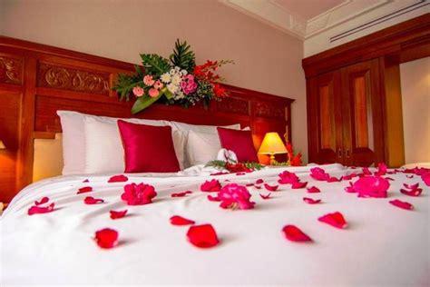 desain kamar pengantin bagi   menikah romantis mewah  elegan