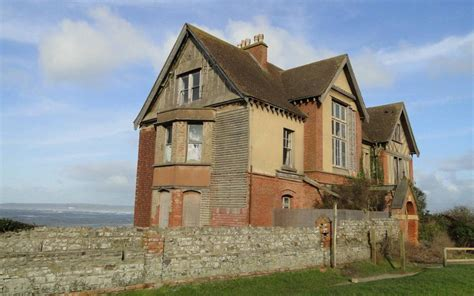 Haunted House For Sale - for sale 12 bedroom haunted house with views of the