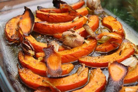 cuisiner le potimarron au four filet de en croûte et potimarron rôti aux epices
