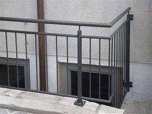 Holzfarbe Grau Außen : balkone gel nder thr technik ~ Whattoseeinmadrid.com Haus und Dekorationen