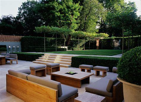 American Backyard by Luciano Giubbilei Road