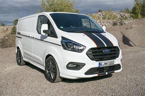 Ford transit custom è disponibile con due motorizzazioni ibride. AUTOMOBILE/ UTILITAIRE. Ford Transit Custom : taillé pour ...