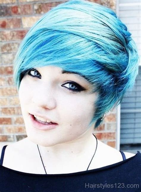 short colored emo hairstyle