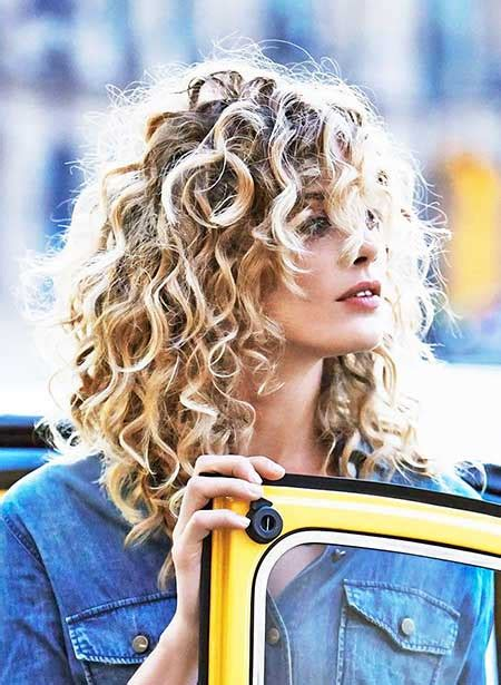 popular layered haircut solutions  curly hair