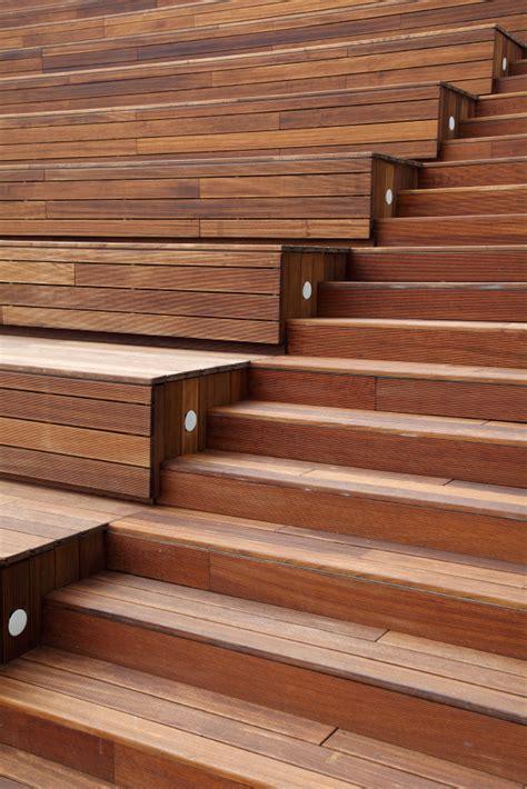 Treppenstufen Außen Holz by Treppenstufen Mit Holz Belegen 187 Holzarten Methoden