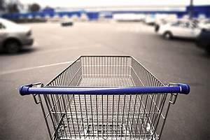 News Service Shopping T Online : der rollende einkaufswagen auf dem parkplatz rag rechtsschutzversicherung ~ Eleganceandgraceweddings.com Haus und Dekorationen