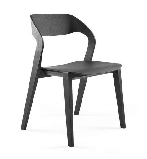 design stuhl holz design stuhl aus holz stapelbar minimalistisch f 252 r das hotel idfdesign