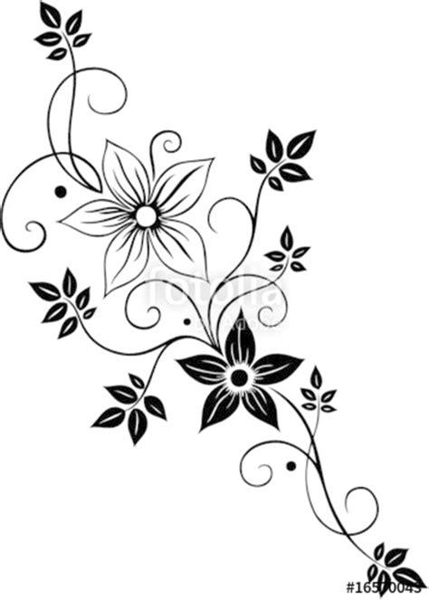 blume ranke filigran floral mit blueten und blaettern