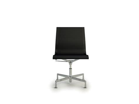 chaise de bureau sans accoudoir nulite chaise design en cuir de bureau pied fixe pivotant