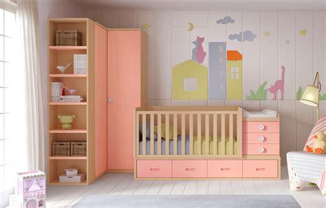 chambre de bébé évolutive berceau bébé fille bc30 lit évolutif avec 4 coffres