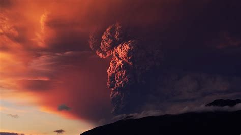 stunning kk timelapse footage   volcano