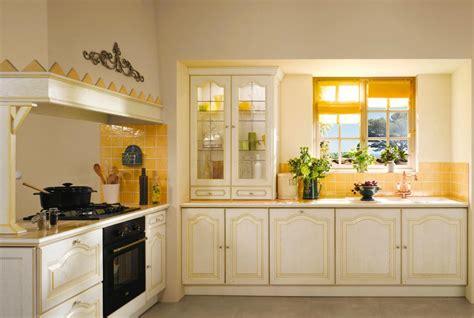 meuble de cuisine chez conforama decoration platre plafond cuisine