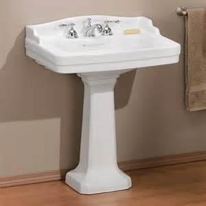 pedestal sink bathroom ideas küçük banyolar için 6 lavabo fikri kadınlarplatformu