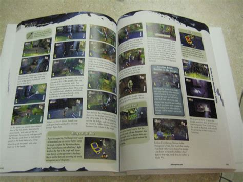 Unboxing The Epic Mickey Collectors Edition Strategy Guide