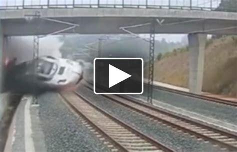 Train Crash Kills Driver In Netherlands