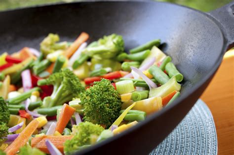 cuisine wok tips to prepare healthy traditional dishes pamf