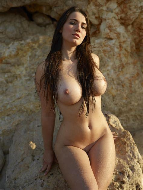 Yara Big Beautiful Boobs 2012 06 25 015 Xxxxxl