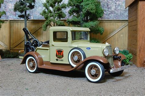 Model Cars and Trucks 1/24 scale