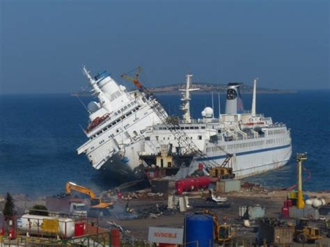Pacific Princess Love Boat Scrapped by Updated With More Images Ex Pacific Princess Capsizing