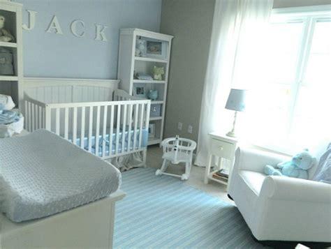 habitaciones de bebes pintadas de color azul claro