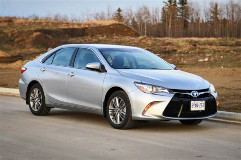 Toyota Camry 2015 Hybrid by Test Drive 2015 Toyota Camry Hybrid Autos Ca