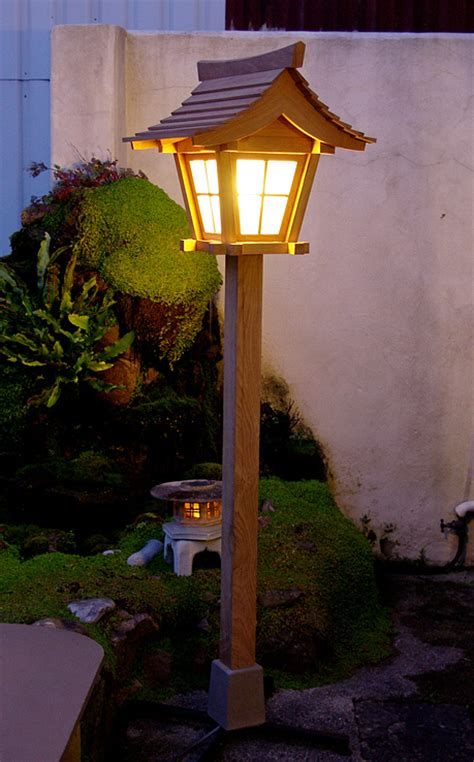 picture gallery of garden lanterns
