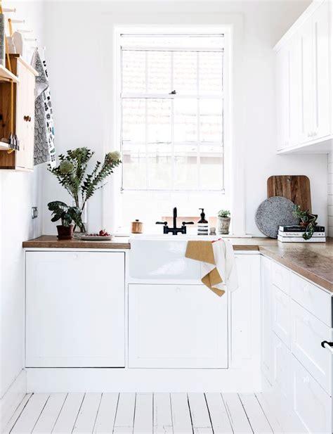 cuisine bois peint agencement de cuisine contemporaine modèles et options