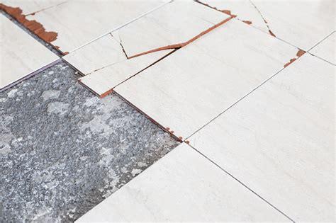 identify dangerous asbestos insulation