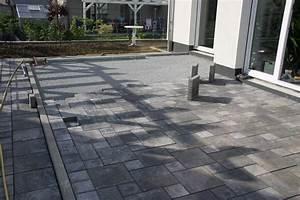 Was Kosten Pflasterarbeiten : terrasse pflastern terrasse pflastern anleitung f r ~ Lizthompson.info Haus und Dekorationen