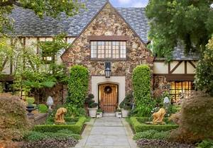20 Tudor Style Homes To Swoon Over