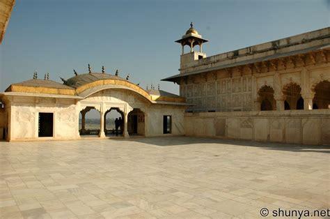 Agra Fort, Agra, India | Shunya