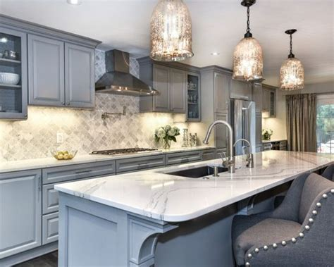 traditional kitchen  pebble gray interiors  color