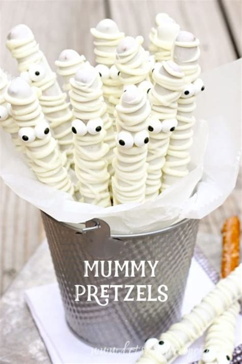 easy spooky treats 50 easy halloween party snacks