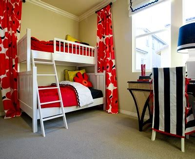 bedroom solutions for small rooms bed solutions for small bedrooms kravelv 18208 | Bed Solutions for Small Bedrooms2