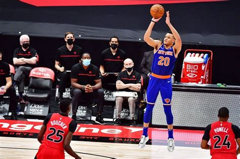 Find out the latest on your favorite nba teams on cbssports.com. New York Knicks 109-88 Charlotte Hornets: Twitter reactions to Gordon Hayward & crew routing Big ...