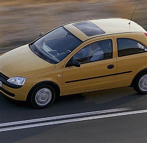 Der Offene Fiat 500 Tarnt Seine