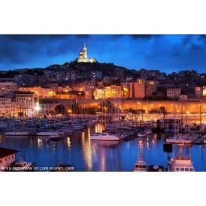 Bureau De Poste Marseille 13008 by Commune Marseille 8eme Arrondisse Mairie Et Office Du